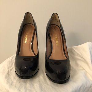 Pour La Victoire size 5 patent leather pumps
